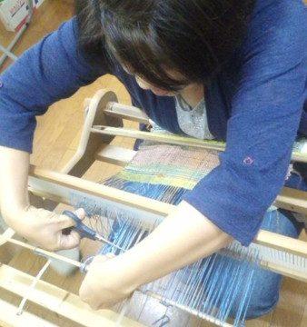 自分だけの織物★卓上織機ワークショップ!